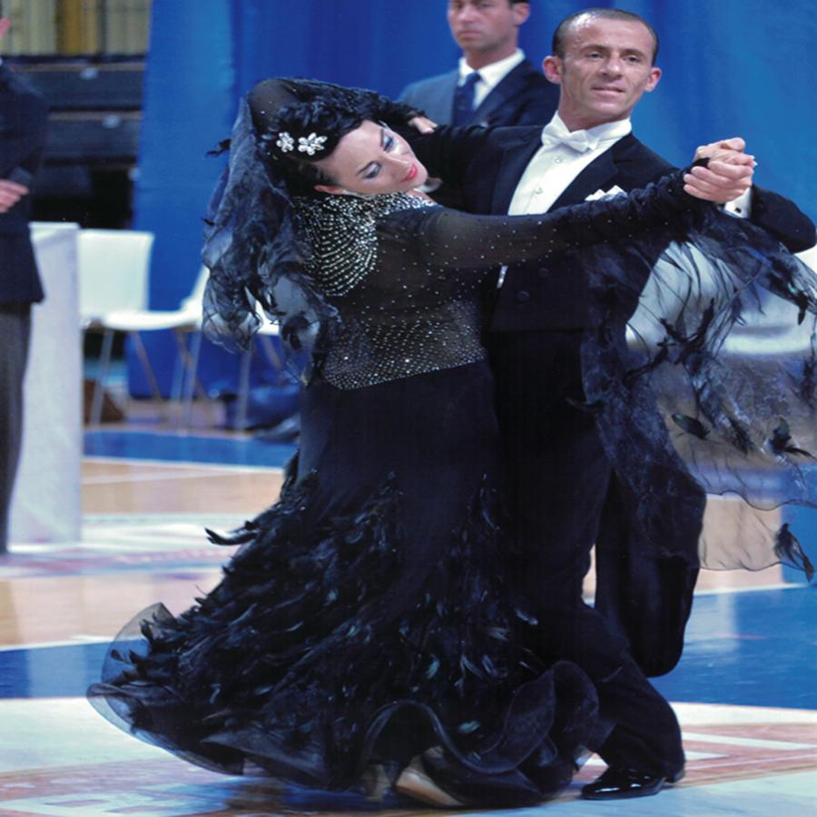 Ombretta-Zenti-&-Rocco-Saponara-Danze-Nazionali_Club_Royal_Dance