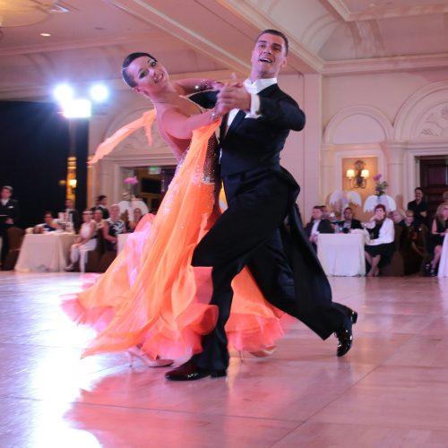 Corsi di Ballo e Danze Nazionali   Club Royal Dance