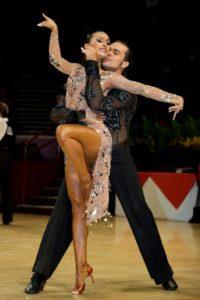 Samba-corso-di-ballo_Club_Royal_Dance