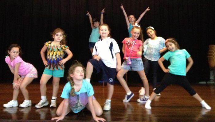 KIDS-ZUMBA_Club_Royal_Dance